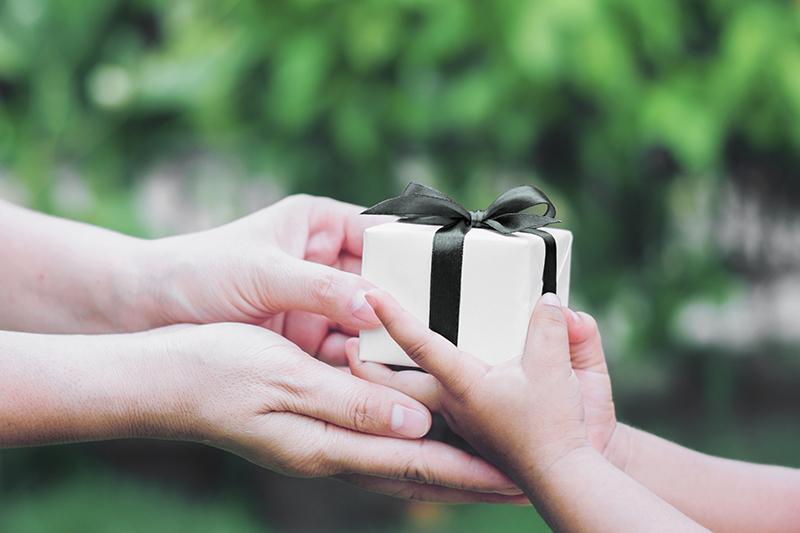 charity giving christmas 1